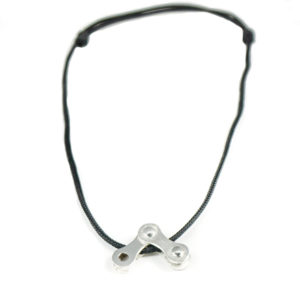 bicycle-necklace-1.jpg